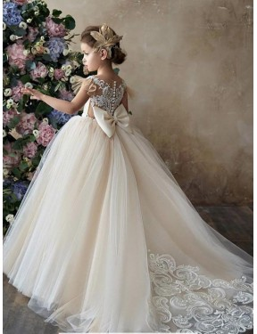 Shop Champagne Ball Gown Sweetheart Chapel Train Sleeveless Lace & Tulle Flower Girl Dresses Albury