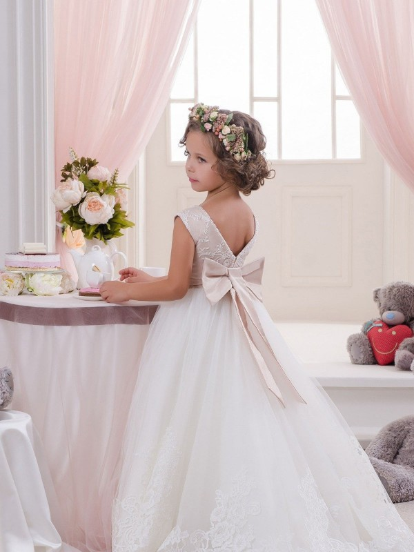 Ivory Ball Gown Bateau Chapel Train Sleeveless Lace & Tulle Flower Girl Dresses Albury