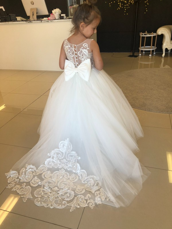 Champagne Ball Gown Sweetheart Chapel Train Sleeveless Lace & Tulle Flower Girl Dresses Albury